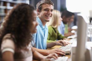 Studenten am Computer